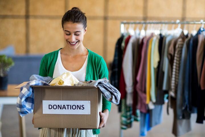 服はリサイクル?寄付?売る?捨てる?これ以上、洋服は増やしたくない!